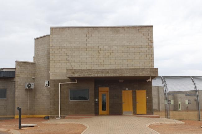 Bila-Civils-Contractors-Prison00006