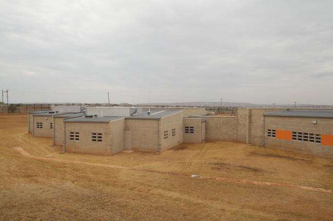 Bila-Civils-Contractors-Prison00010