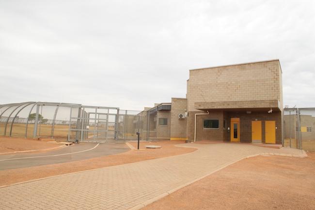 Bila-Civils-Contractors-Prison00015